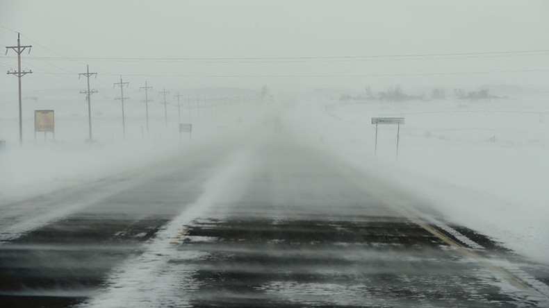 Blizzard, ice cripple Great Plains, leaving thousands without electricity (PHOTO, VIDEO)
