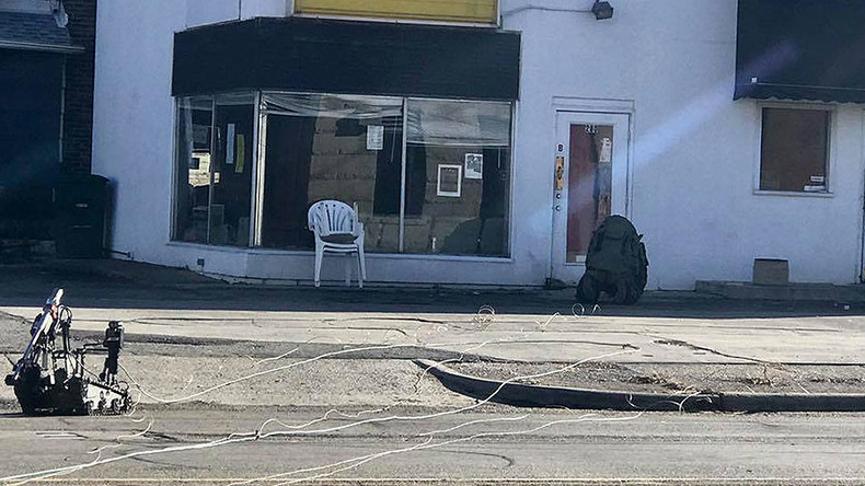 Bomb squad detonates pipe bombs sent as 'gift from ex-boyfriend' (PHOTOS, VIDEOS)