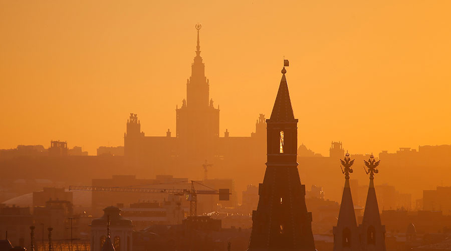 Putin wants Russian budget less dependent on oil