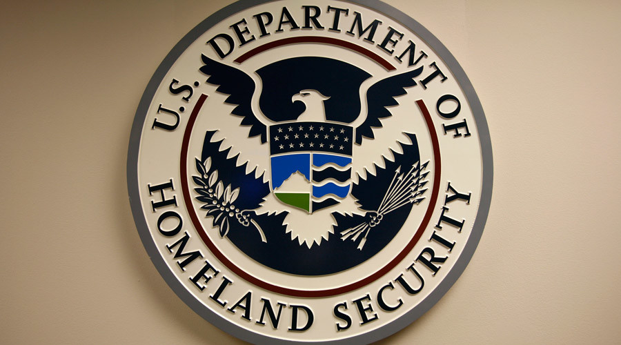 Despite scandals, DHS to continue using private detention facilities to house asylum seekers