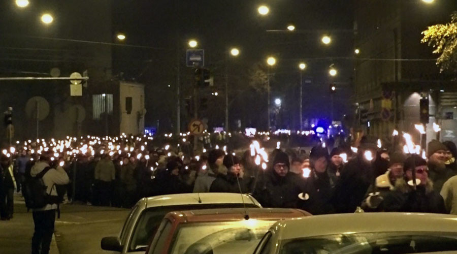 Brawls, arrests as 3,000 far-right protesters stage torch-lit march in Helsinki (VIDEO)