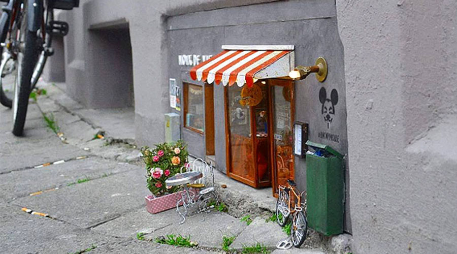 'Anonymouse' opens miniature restaurant for rodents in Sweden (IMAGES)