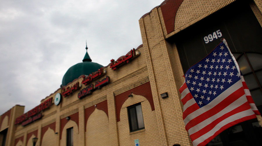 Michigan residents sue city over mosque approval