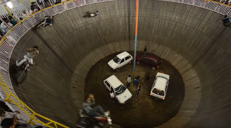 'Well of Death': Mad-cap Indian stuntmen take dangerous driving to a whole new level (VIDEO)