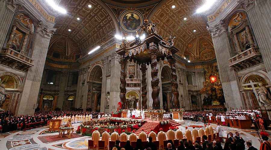 Pope Francis leads Christmas mass in Vatican — RT In vision