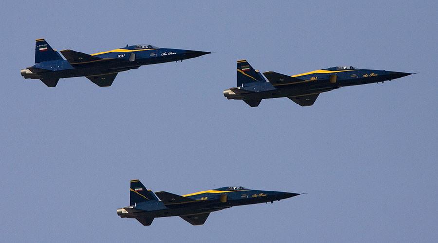 Iran begins major aerial drills, warns off foreign & civilian pilots
