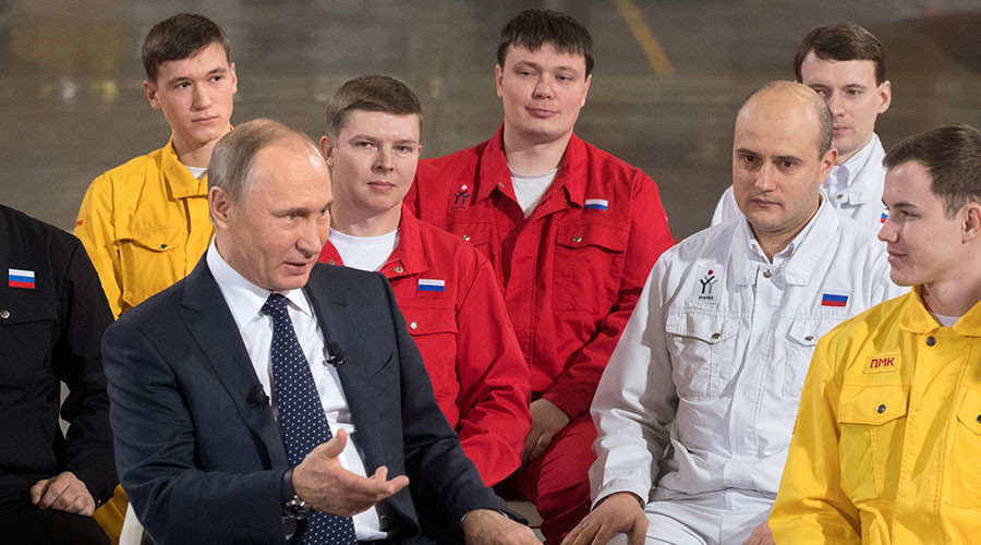 Putin's approval rating hits 2016 high