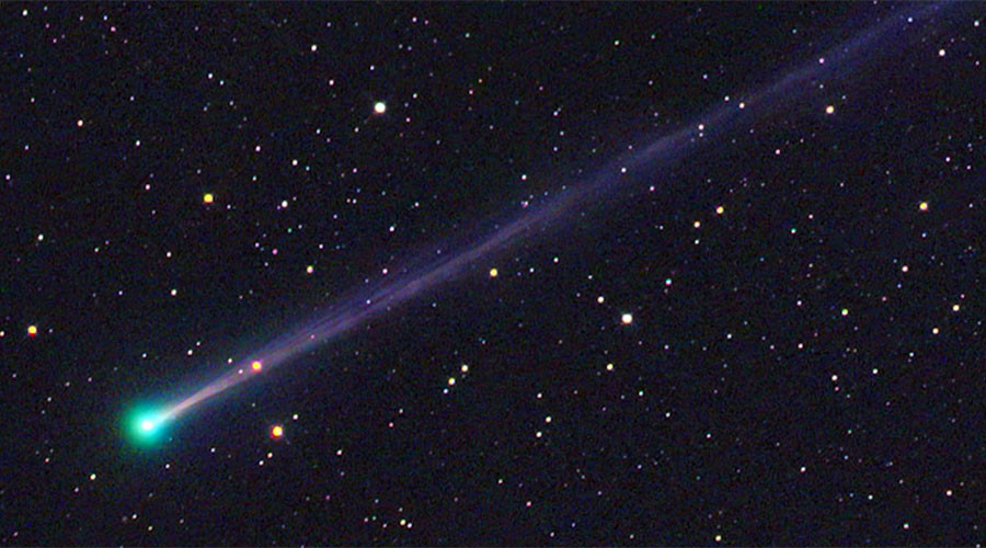 New Year's Eve comet provides blazing start to 2017