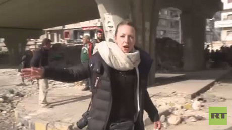Video still shows RT correspondent Lizzie Phelan in Aleppo's Old City on December 7, 2016