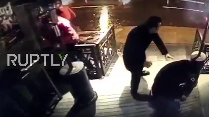 Istanbul nightclub gunman shooting at people caught on CCTV (GRAPHIC VIDEO)