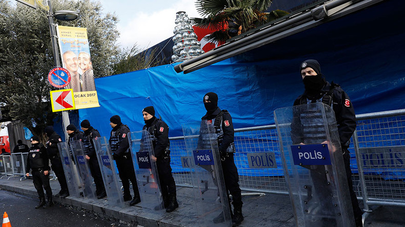 ISIS claims responsibility for Istanbul nightclub attack, manhunt for gunman ongoing