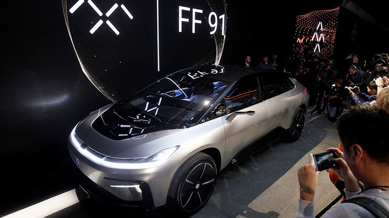 Self Parking Faraday Car Fails To Park Itself At Ces 2017 Video