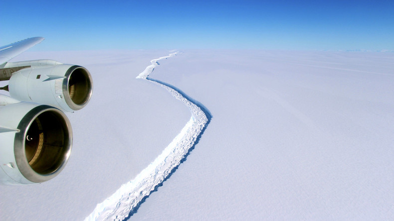 Larsen C ice shelf schism may form giant Antarctic iceberg (PHOTOS, VIDEO)