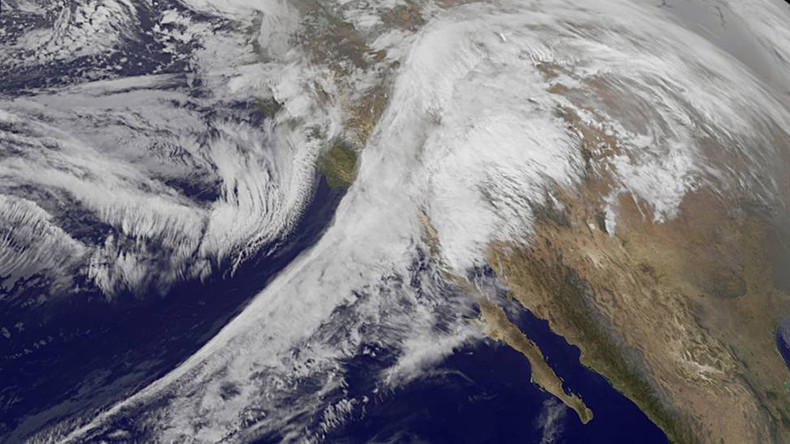 Terrible splendor: NASA captures Iras snowstorm from space in amazing animation