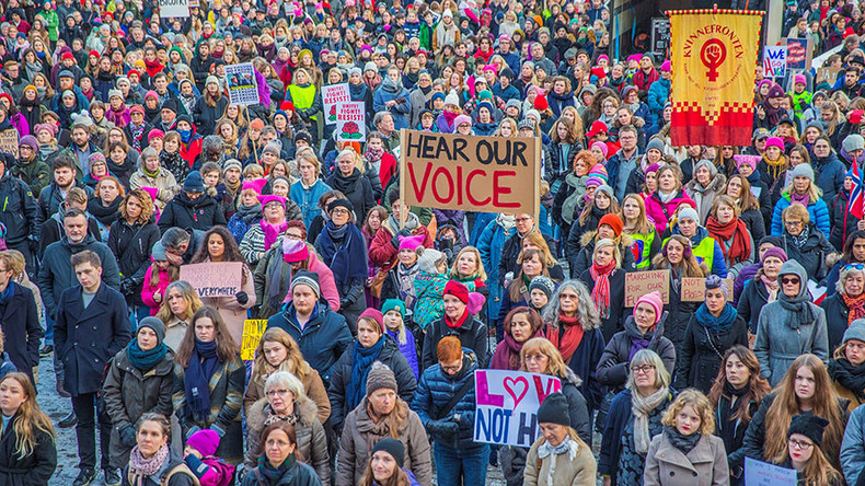 #WomensMarch takes to the streets around the world