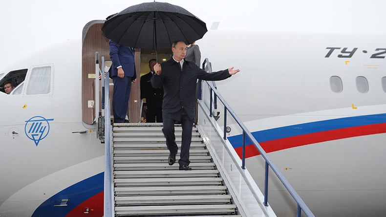 Putin offers domestic airlines incentives to buy Russian planes