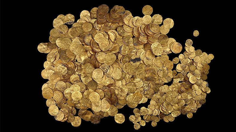 Treasure hunter to raise British warship potentially laden with gold worth £1bn