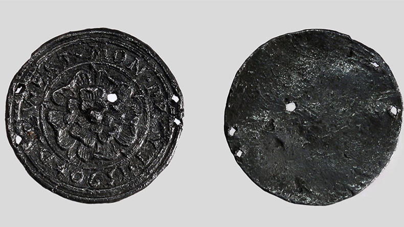 16th-century English Tudor rose pendant unearthed near Moscow Kremlin