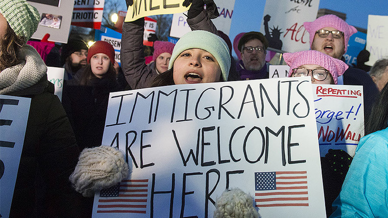 'Ammunition to jihadists': Democrats decry Trump's 'Muslim ban' outside Supreme Court