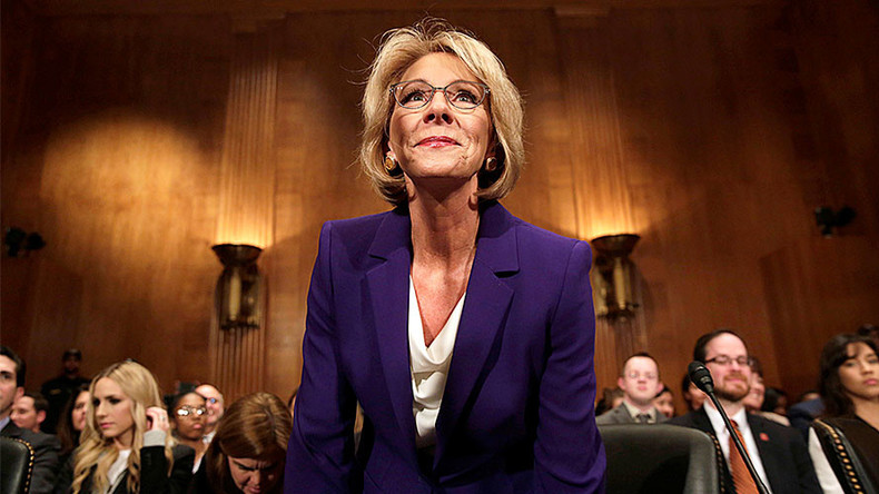 Senate Committee approves DeVos as education secretary