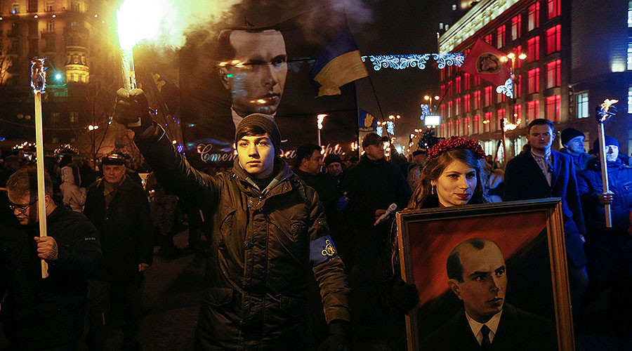 Ukrainian nationalists hold torchlit march in Kiev to mark anniversary of Nazi collaborator Bandera