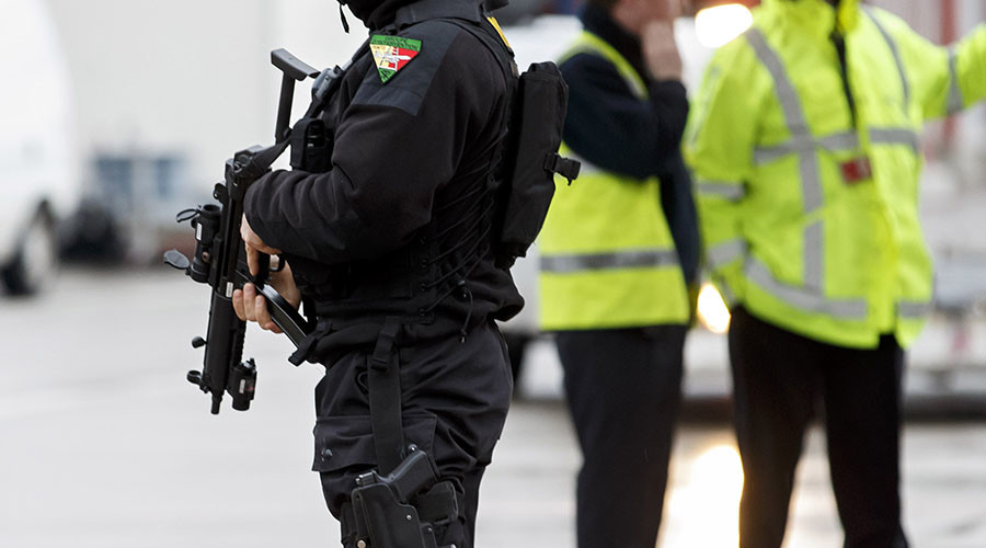 Armed & 'dangerous' gunman located in Switzerland after shooting 2 policemen