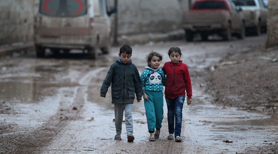'They don't want to be refugees': RT sees Syria's children surviving through war