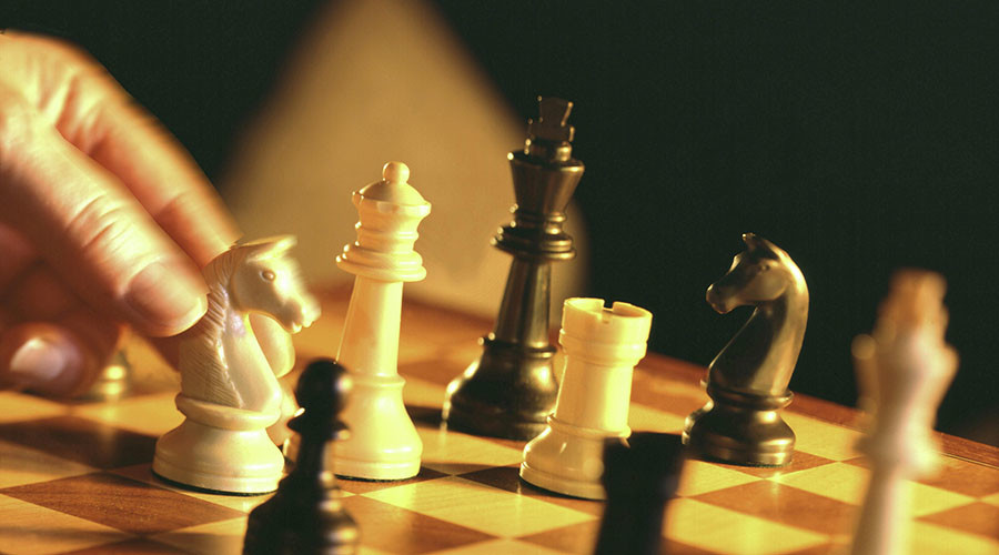 'Chess worse than gambling & eating pork' – Turkish imam