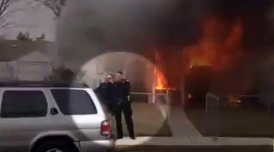 New York cops roasted over 'disgusting' house fire selfie