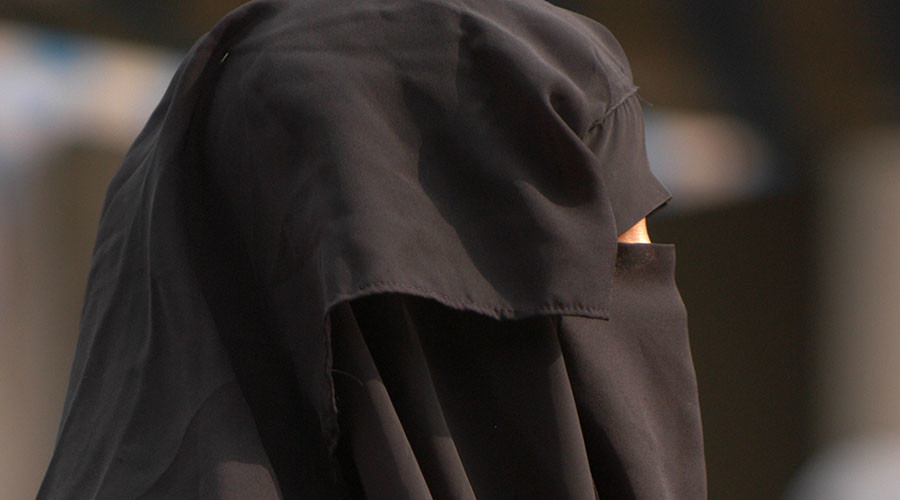 Swiss government opposes nationwide burqa ban, says Cantons must decide locally