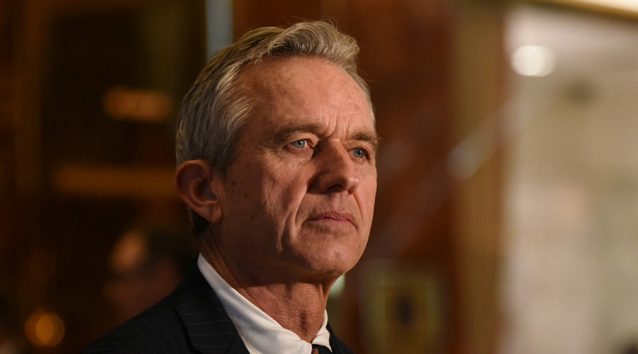 Robert Kennedy Jr, prominent vaccine sceptic, to head Trump commission on vaccine safety