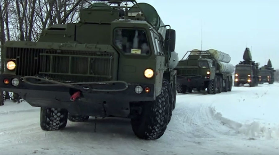 S-400 missile defense regiment takes up combat duty outside Moscow (VIDEO)