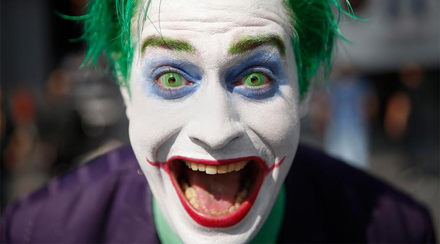 Trumpster strikes again: Mark Hamill's Joker reads Trump twitter rant at Meryl Streep