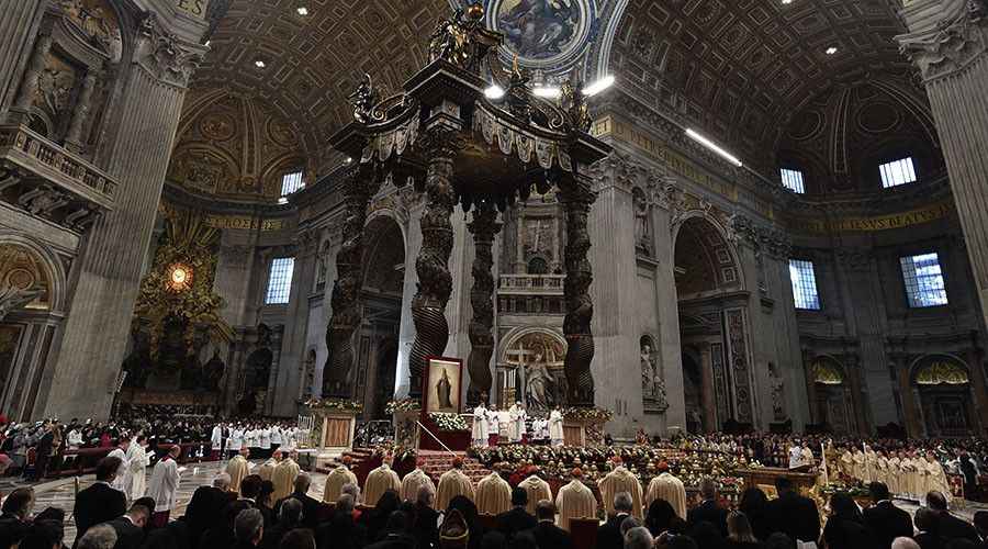 Pope Francis laments 'Christian parrots' attending church but not doing good deeds