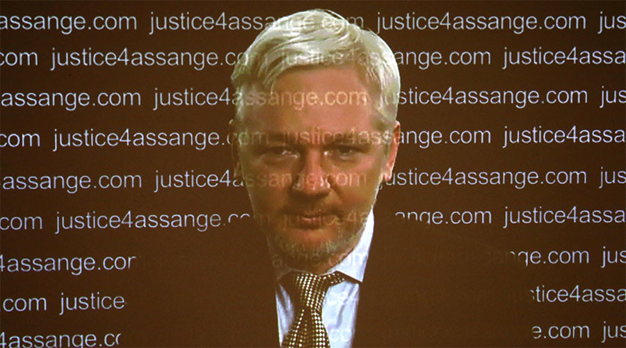 Manning commutation could set up Assange extradition to US