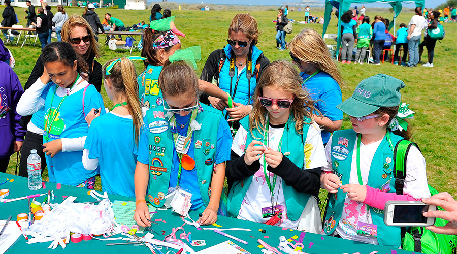 Girl Scouts blasted on social media for agreeing to march at Trump's Inauguration