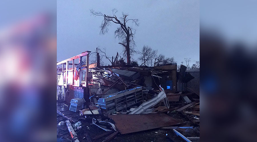 At least 4 dead as tornado rips through Mississippi town (VIDEO, PHOTOS)