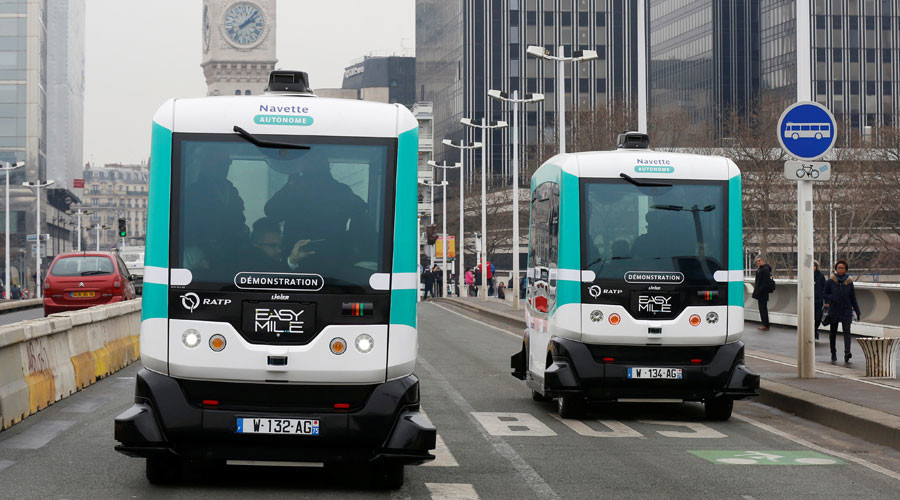 Not sci-fi anymore: Paris introduces first driverless buses (PHOTOS)