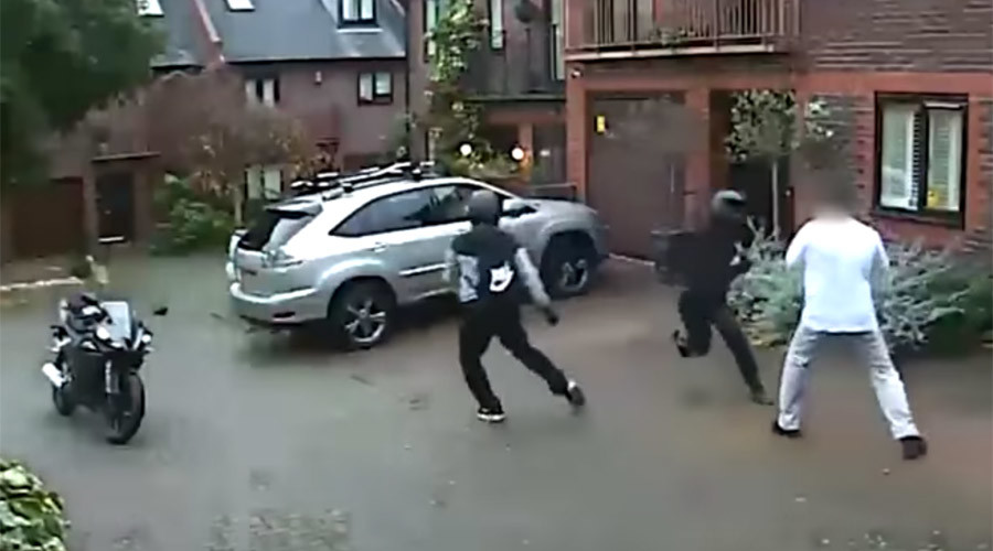 Nunchuck-wielding motorbike thieves attack owner before fleeing (VIDEO)