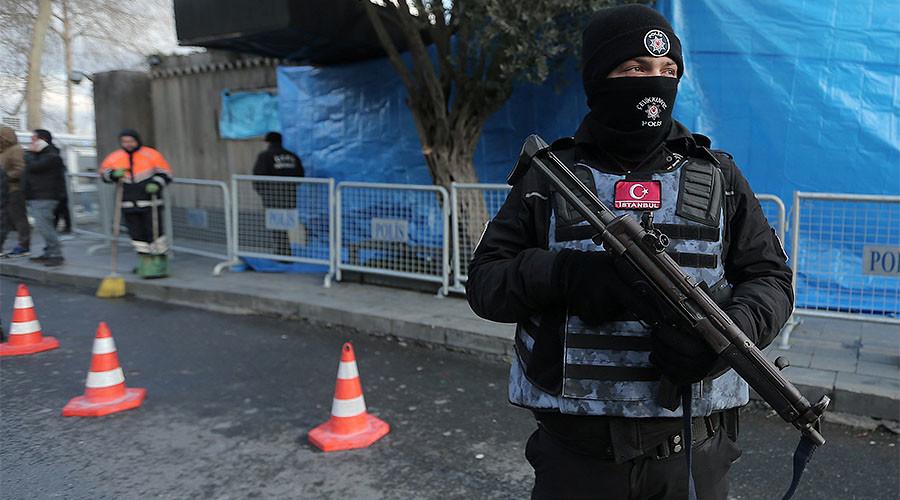 1 killed, 2 injured in gun attack at popular Istanbul restaurant - reports