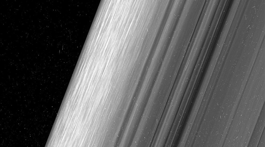 Up close & personal: Cassini captures Saturn like you've never seen it before (PHOTOS)