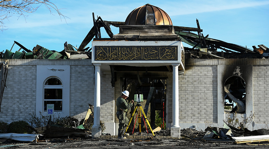 Americans raise $975k to rebuild Texas mosque that perished in fire