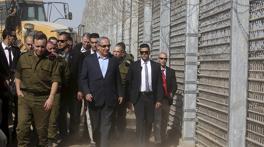 'Sorry for misunderstanding': Israeli President defuses Netanyahu's 'wall tweet' row with Mexico