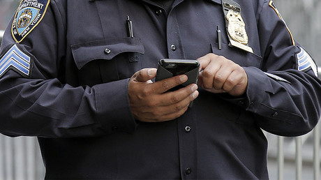Police need warrant to search cell phones, insist privacy campaigners