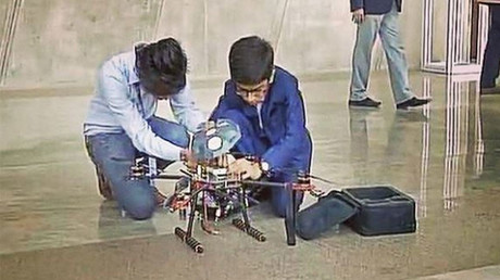 Indian 14yo signs government contract to make anti-landmine drones