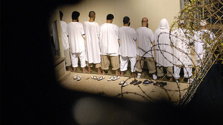 US sends 10 Guantanamo Bay detainees to Oman