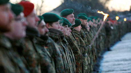 Soldiers of the German armed forces Bundeswehr take part in farewell ceremony for mechanized infantry Panzergrenadierbataillon 122, to be deployed in Lithuania, in Oberviechtach, Germany January 19, 2017. © Michaela Rehle