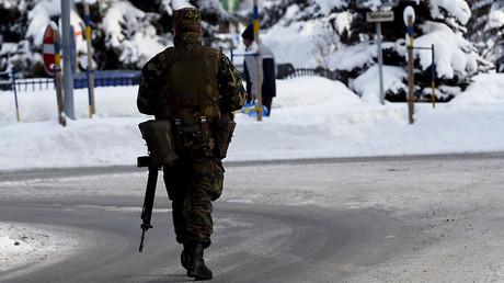 A Swiss army soldier  © Ruben Sprich
