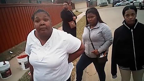 Charges dropped after video shows cop using excessive force in Fort Worth arrest