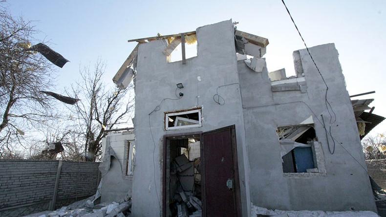 Kiev admits advancing on rebels in east Ukrainian town 'meter by meter'